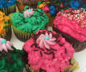 colors, cupcakes, and foodporn image