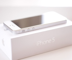 iphone, white, and iphone 5 image