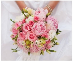 bouquet and roses image