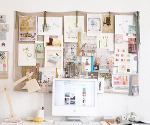 room and desk image