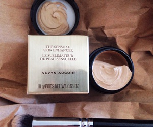 concealer, kevyn aucoin, and muakoroleva image