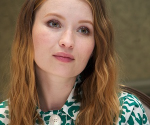 emily browning, legend, and 2015 image