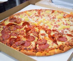 food, delicious, and pizza image