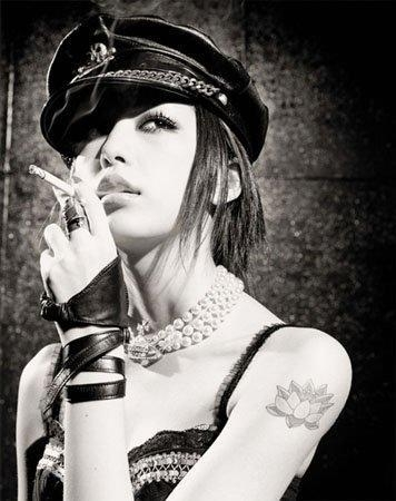 Nana, cigarette, and Mika Nakashima image