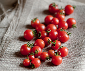 food, delicious, and tomatoes image