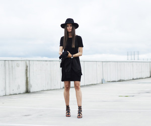 black and white, ootd, and blogger image