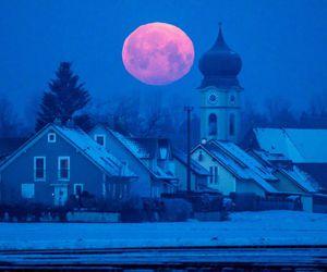luna, Noche, and roja image