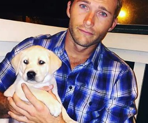 puppy and scott eastwood image