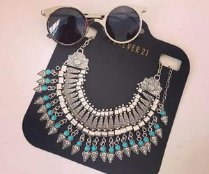 accesories, necklaces, and sun glasses image