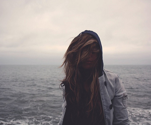 girl, hair, and sea image