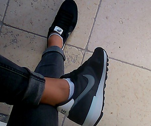 black, chaussure, and nike image