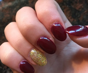 gel, gold, and manicure image
