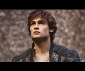 douglas booth and romeo image