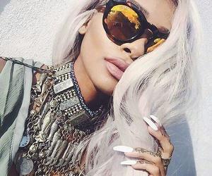 beautiful, nail, and glasses image
