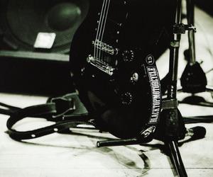 dir en grey, guitar, and kaoru image
