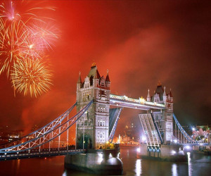 london and fireworks image