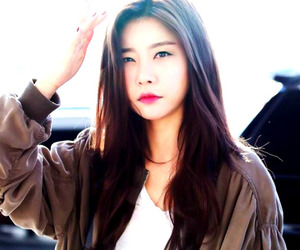 leader, girlsday, and sojin image