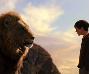narnia and lion image
