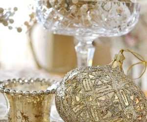 centerpiece, christmas, and decoration image