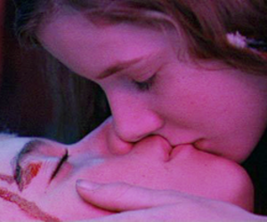 jeremy sumpter, wendy, and kiss image