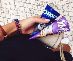 ice cream, chocolate, and oreo image