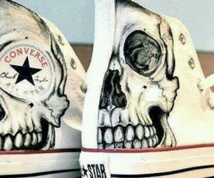 skull, converse, and shoes image
