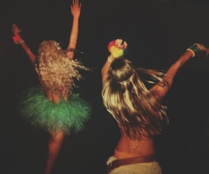 girls, night, and party image