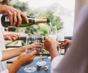 champagne and friends image
