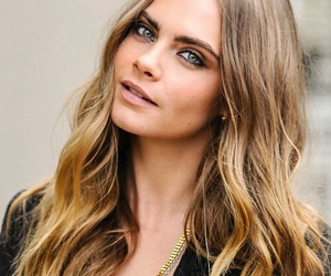 cara delevingne, fashion, and hairstyle image
