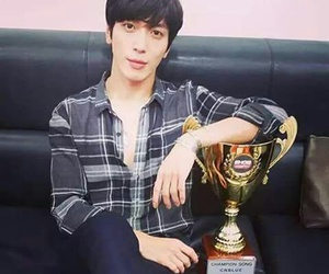 cnblue, kpop, and yonghwa image