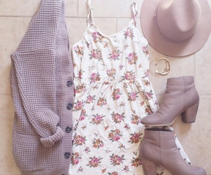 accessories, leaves, and pink image