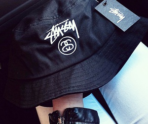 fashion, streetstyle, and stussy image