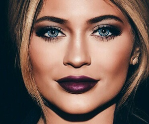 kylie jenner, eyes, and hair image