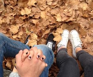 couple, otoño, and automn image