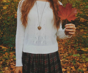 sweater, autumn, and girl image