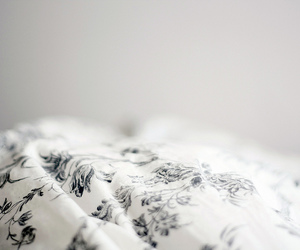 bed, vintage, and white image