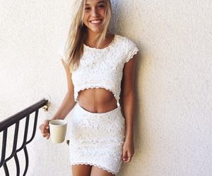 style, alexis ren, and outfit image