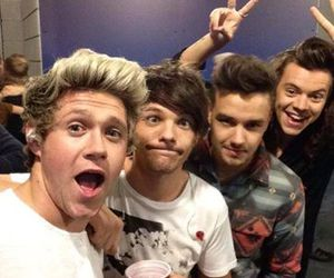 beautiful, selfie, and one direction image