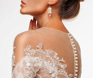 bride, lace, and pearls image