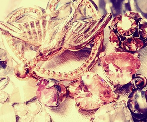gold, jewellery, and shiny image
