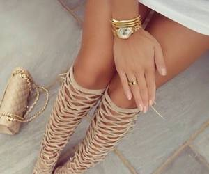 shoe and ♥ image