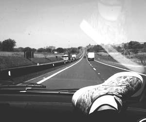 b&w, black and white, and travelling image