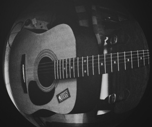 acoustic, b&w, and elvis image