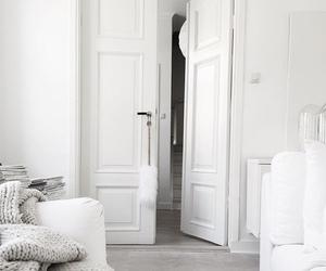 closet doors image