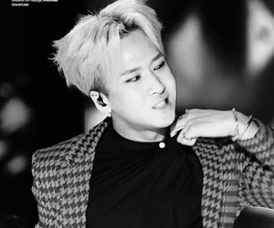 beautiful, k-pop, and ravi image