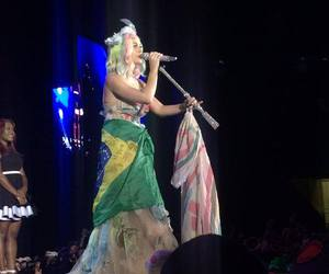 katy perry and prismatic world tour image