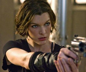 Milla Jovovich and resident evil image