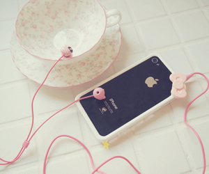 iphone, pink, and hello kitty image