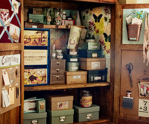 box and vintage image