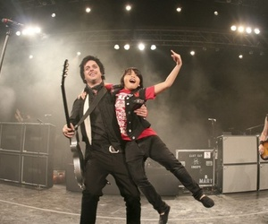 bands, billie joe armstrong, and green day image